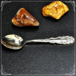 Towel with Bulgarian embroidery