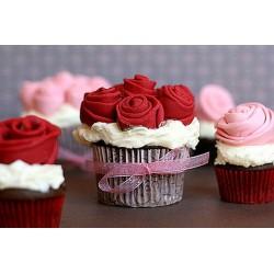 Шоколадова роза и плочка с надпис LOVE