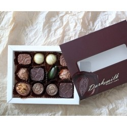 Chocolate basket with roses